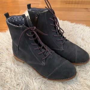 Toms lace up gray suede alpa boots 8